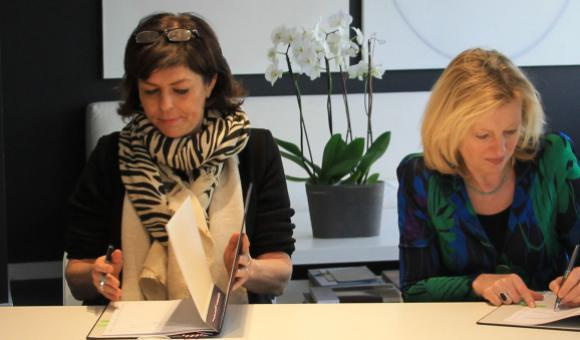 Joëlle Milquet, Minister of Culture of the Wallonia-Brussels Federation, and her counterpart from the Netherlands, Jet Bussemaker